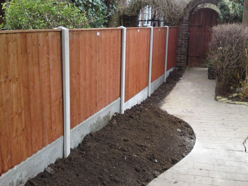 garden fencing installation services and fence repair services
