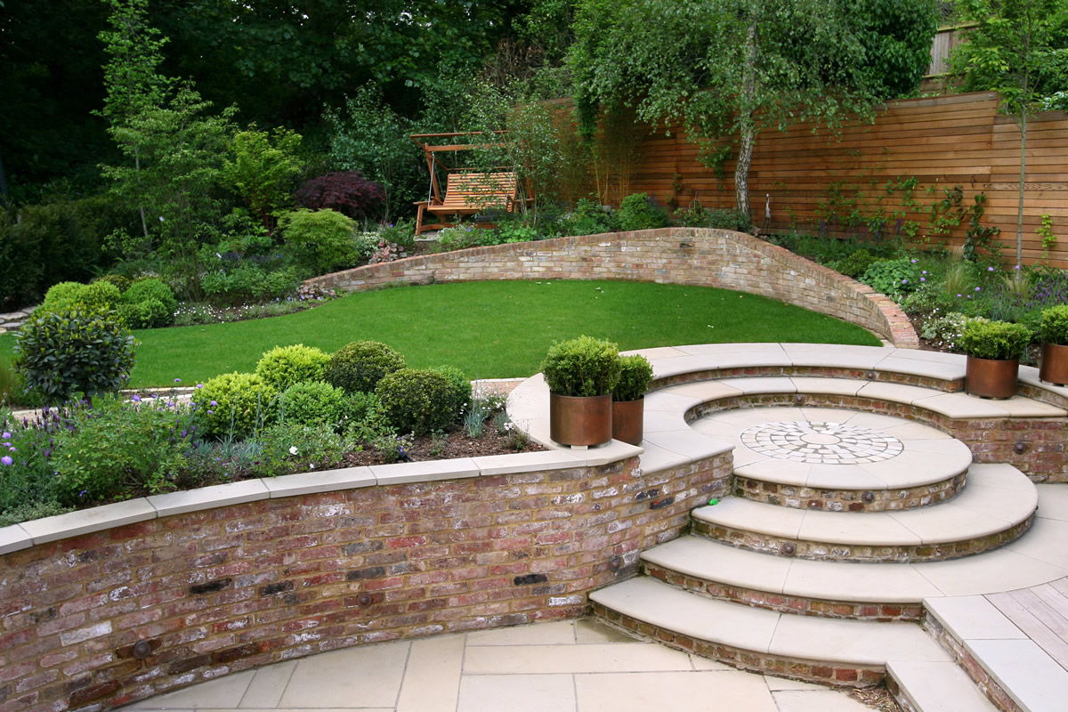 brick walls brick flower border brick steps - Garden Design Kent