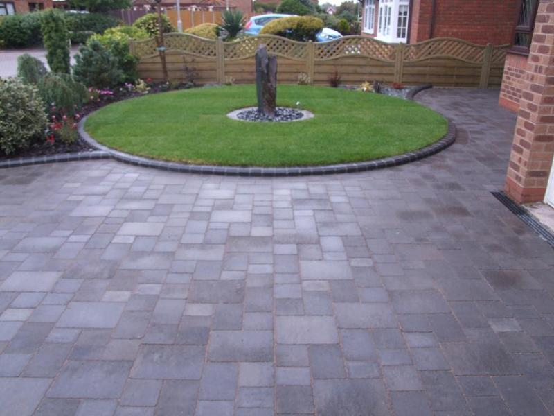 Block paving installers builders orpington bromley for Front garden block paving designs