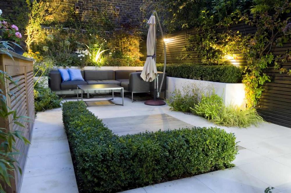 Bespoke Garden With Garden Lighting